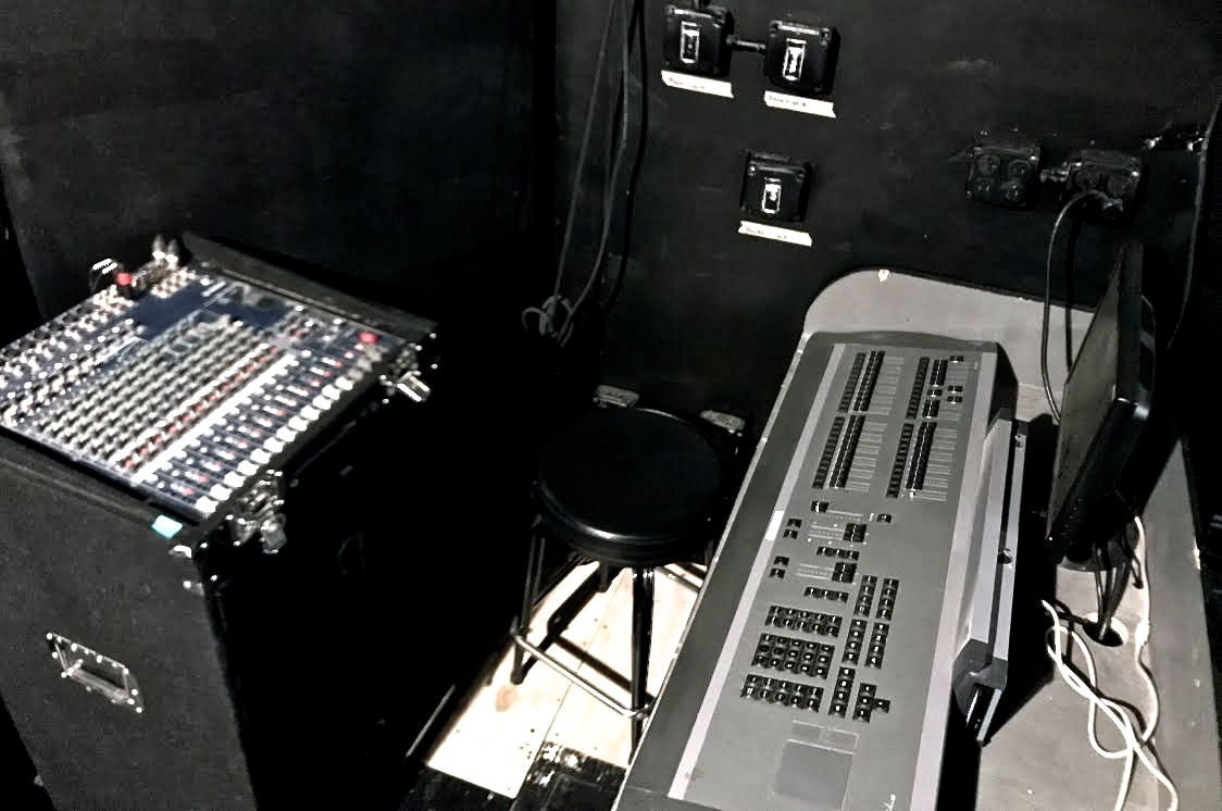 Light/Sound Booth